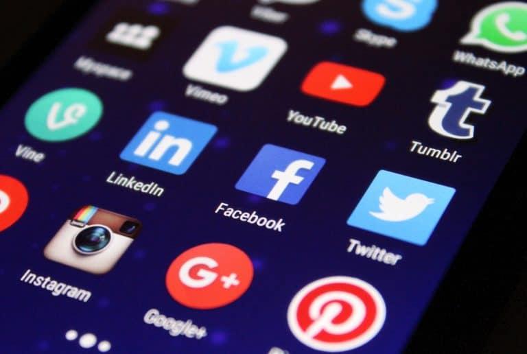 Social network addio